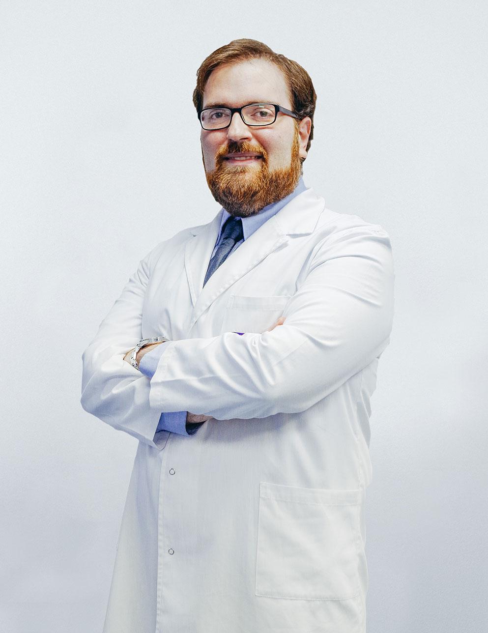 Dr. Bruce Patrik dos Santos