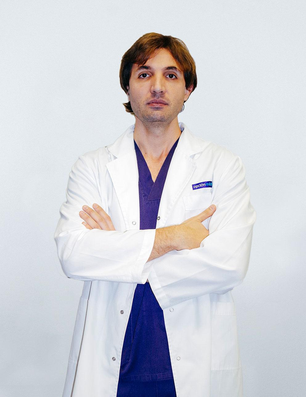 Dr. Óscar Salmerón