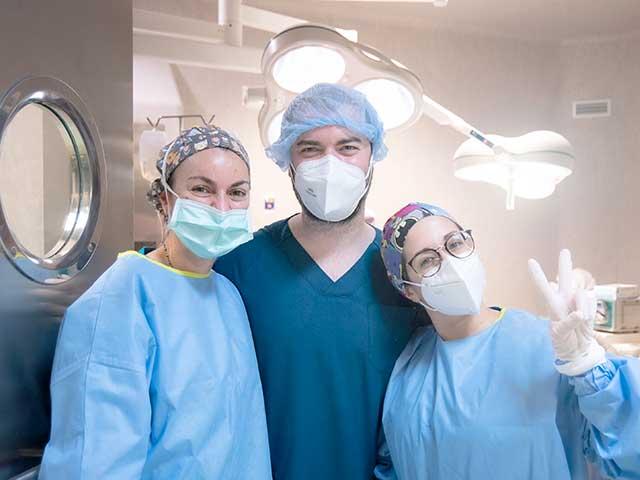 preguntas frecuentes antes de someterse a una cirugía plástica clínica opción médica barcelona